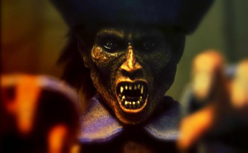 Привычное для средневековья изображение вампира
