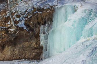 Величественное зрелище - ледопад